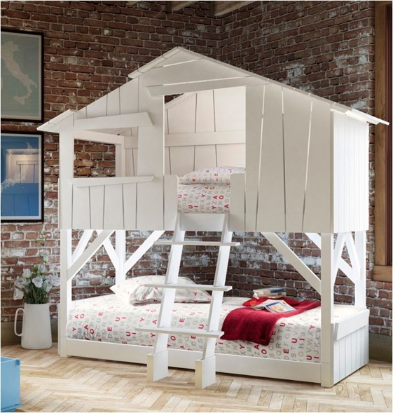 Perfect treehouse bunk bed
