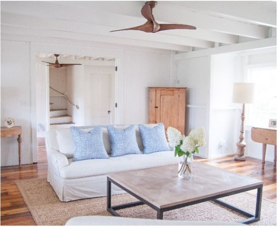 https://i2.wp.com/centsationalgirl.com/wp-content/uploads/2015/04/coastal-living-room-with-wood-ceiling-fan.jpg?zoom=2.625&resize=583%2C480&ssl=1