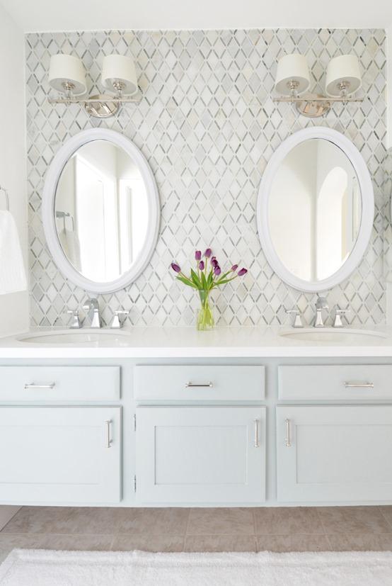 Nice master vanity diamond tile backsplash
