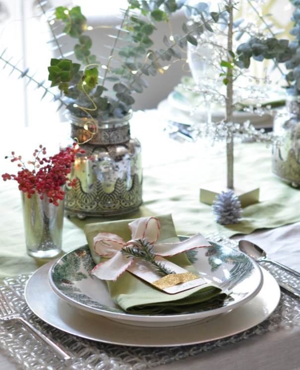place setting evergreens plate