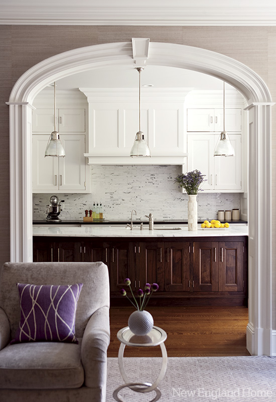 georgian home archway to kitchen