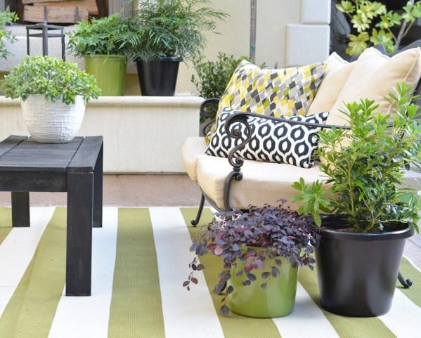 loveseat planters black bench