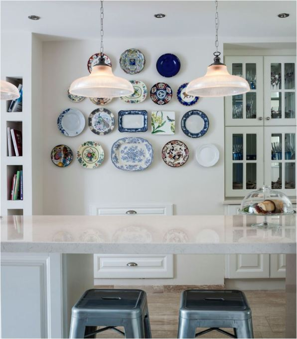 traditional dish plate wall