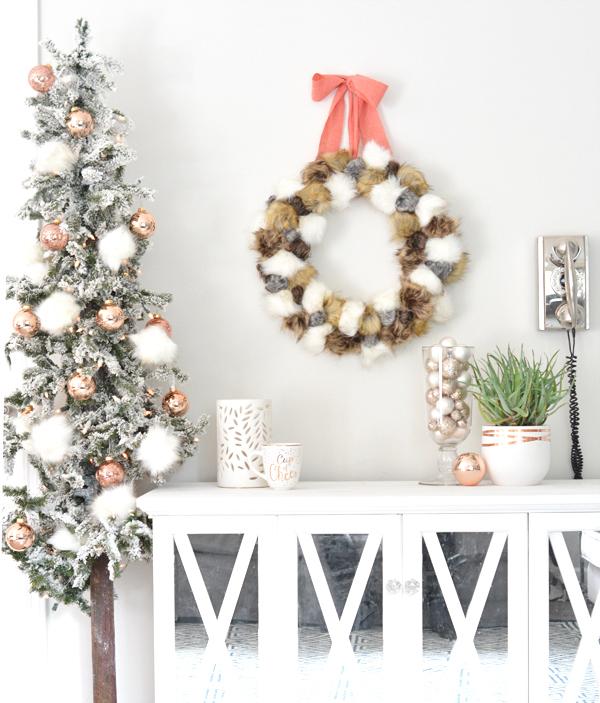 faux-fur-pom-pom-wreath-and-tree
