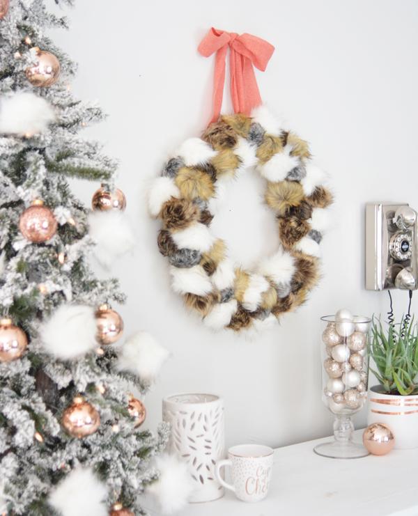 fur-pom-pom-wreath-side-view