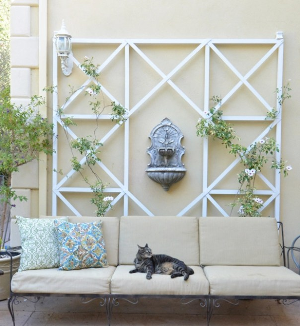 DIY Criss Cross Wall Trellis   Centsational Style