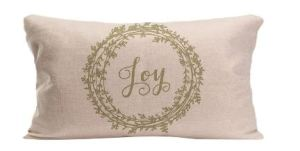 Holiday Pillows at Centsiblechateau.com
