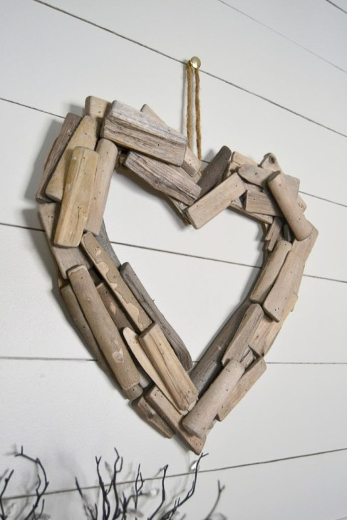 24 Valentine's Day Projects by CentsibleChateau.com