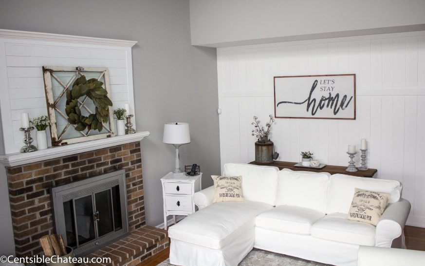 farmhouse style family room at CentsibleChateau.com