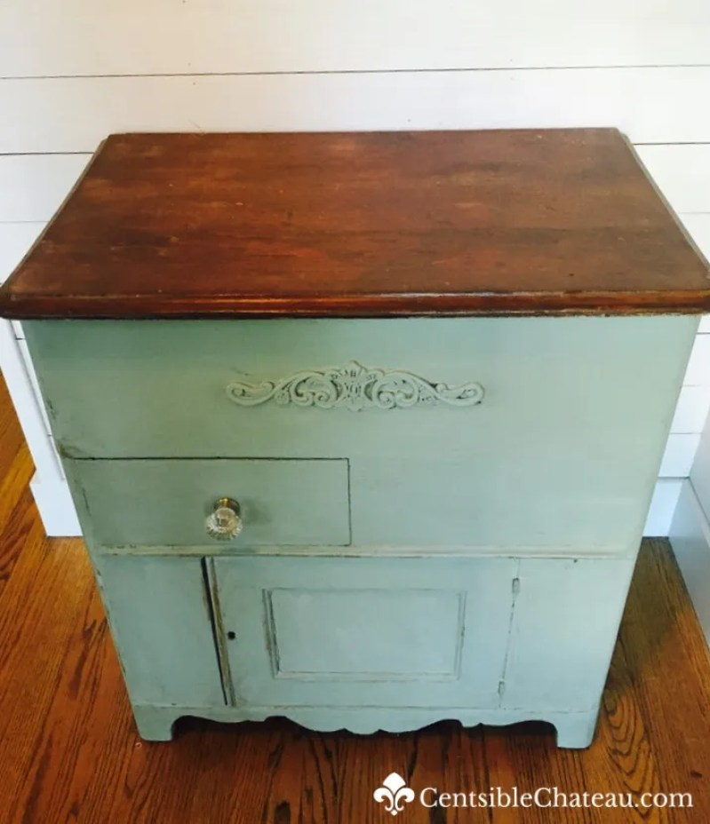 Easy Furniture Makeover With Rustoleum Chalk Paint In Aged Gray