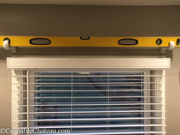 How to make a simple, gorgeous bay window curtain rod Centsiblechateau.com