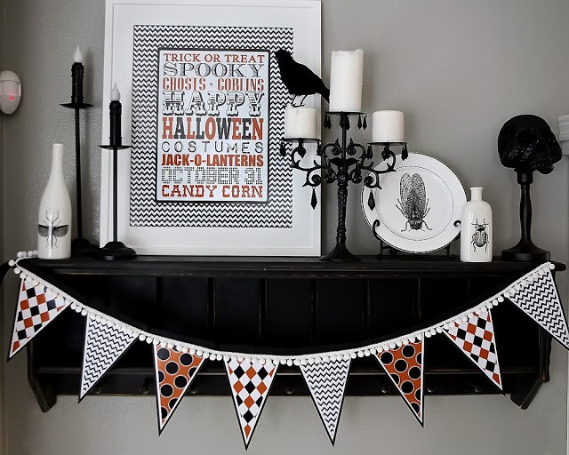 A black, white and orange Halloween Mantel