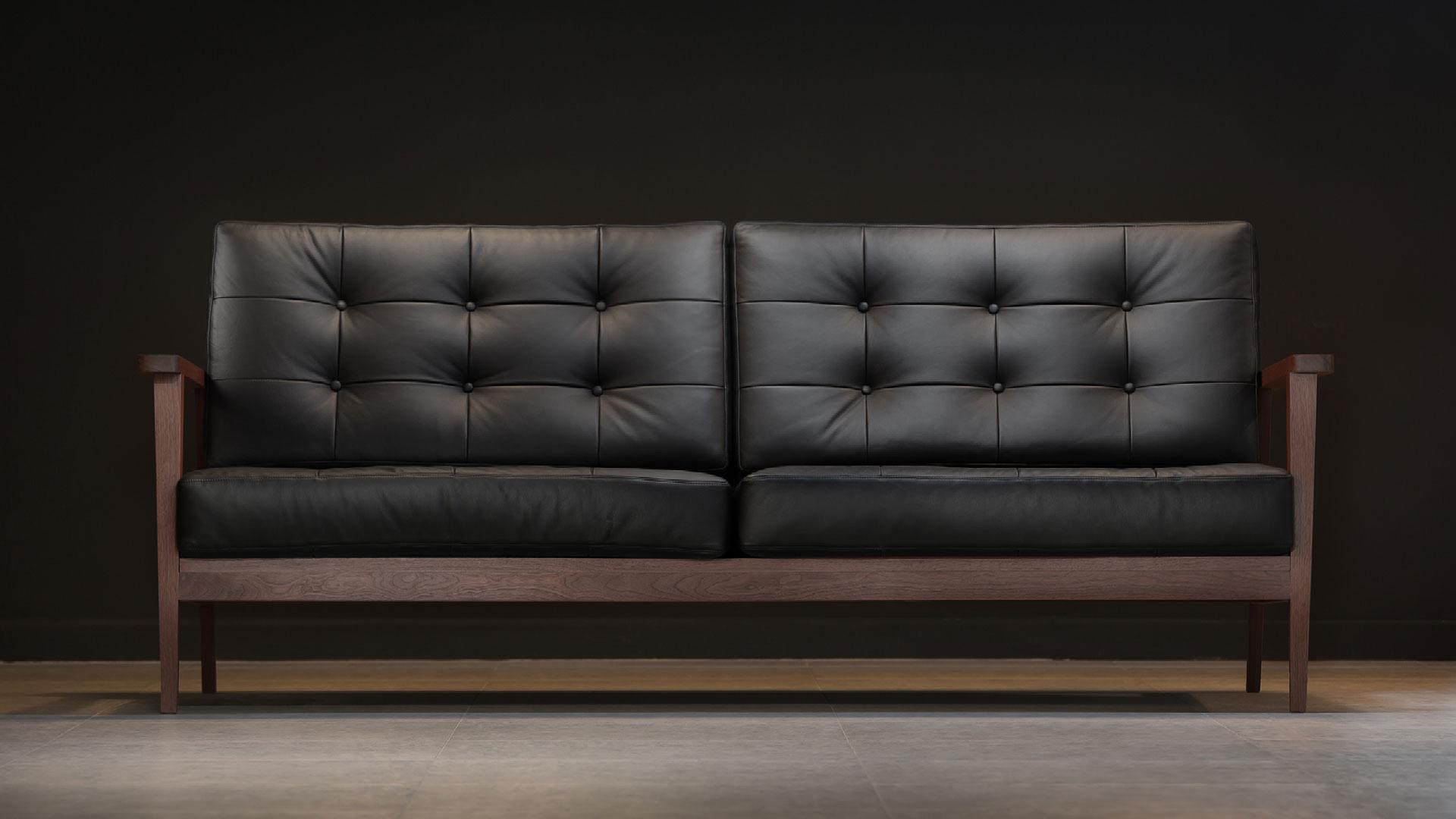 the mid century show wood sofa black leather