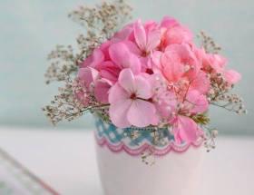 Petit bouquet de fleurs roses, le bouquet du dimanche