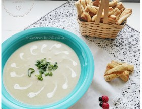 Velouté d'endives au lait de soja et à la crème de soja