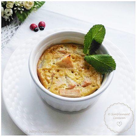 Gratin de poires aux Spéculoos : Recette Croq'Kilos très, très gourmande ♥ 250kal la part. Petit gratin de poires avec des spéculoos et des amandes. Recette rapide, économique et légère.
