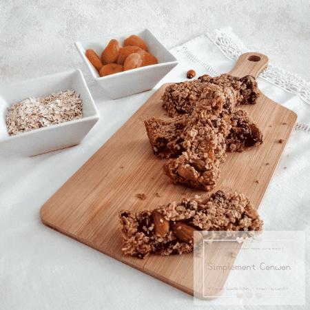 Barres de céréales aux fruits secs et pépites de chocolat