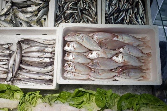 El incremento de los precios frena el mercado del fresco en España