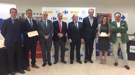 Carrefour lanza la primera bandeja reciclable y biodegradable