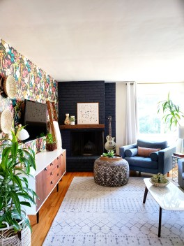 Eclectic Living Room Kismet House inside 31+ Dorable Eclectic Living Room
