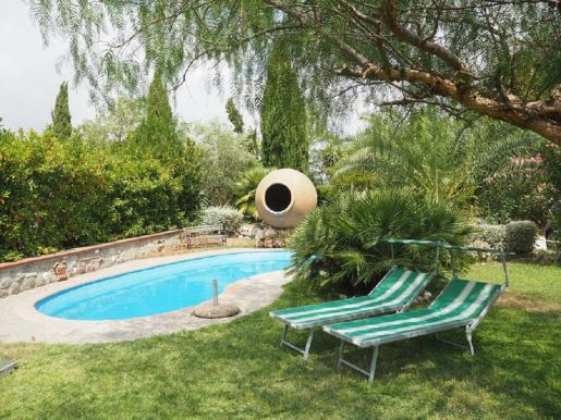 Farmhouse With Garden And Swimming Pool 15min From Rome Center within ucwords]