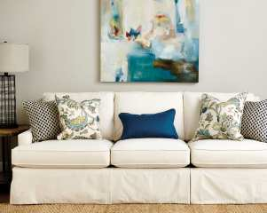 Guide To Choosing Throw Pillows How To Decorate for [keyword