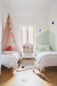 How To Make Multiple Bed Layout Work 6 Shared Kids Room Ideas with ucwords]