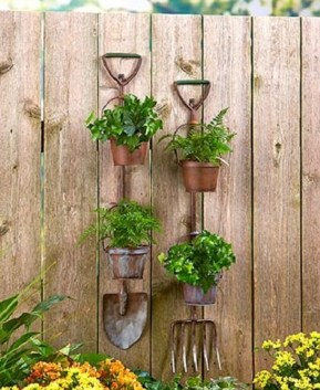 Rustic Garden Tool Planters Shovel Pitchfork Yar Our Garden Store for ucwords]