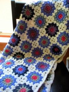 Cottage Chic Sunburst Granny Baby Blanket - Cera Boutique