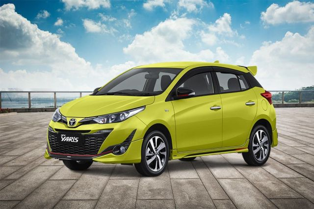 toyota-yaris-front-angle-low-view-666868