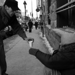 giving-to-the-poor-street-photo-should-christians-give-to-the-poor