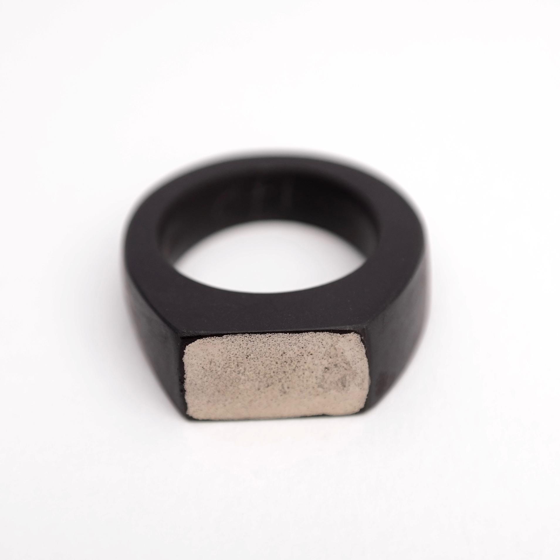 Signet ring platinum
