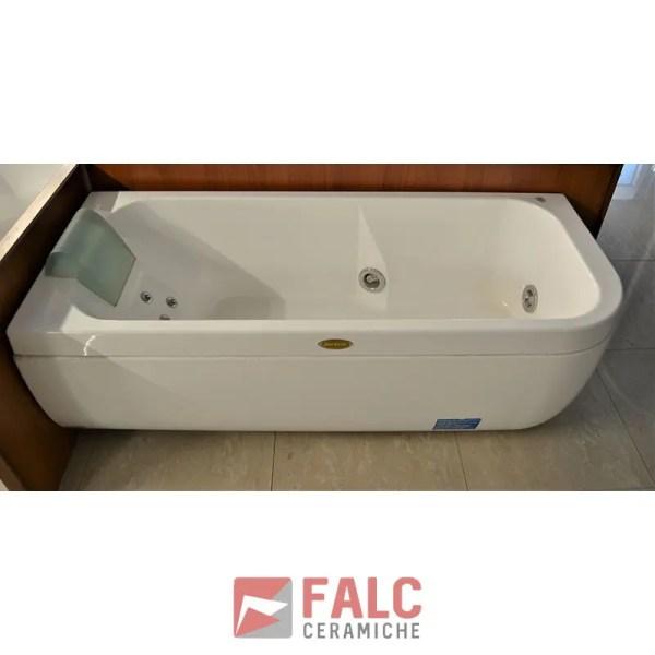 Jacuzzi vasca idromassaggio aquasoul