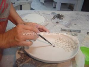 recortes em porcelana para decoração da peça