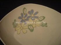 porcelana artesanal com flores