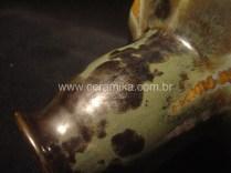 esmalte cristalino em peça ceramica