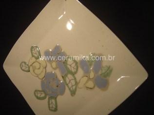 tecnica inlay na peça em porcelana