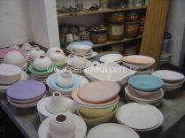 peças ceramicas com engobes coloridos