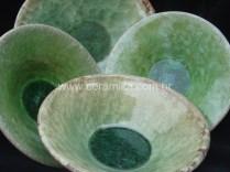 pratos em ceramica com vidrado cristalino