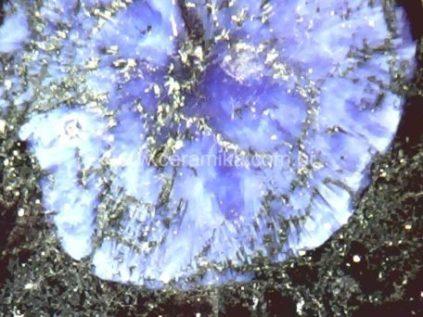 brilho do cristal azul