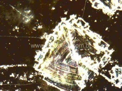 nucleação experimental em vidrado ceramico