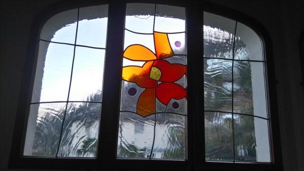Una vetrata di S. Nazzaro
