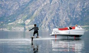Una nueva embarcación eléctrica, ofrece ventajas en autonomía y reducción de contaminación.