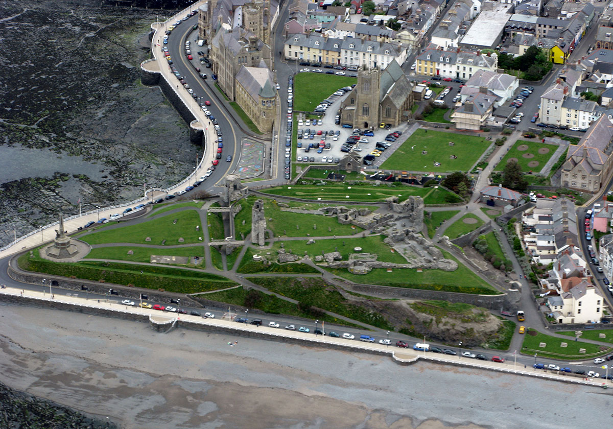 Aberystwyth Castle - Discover the archaeology, antiquities and history of Ceredigion