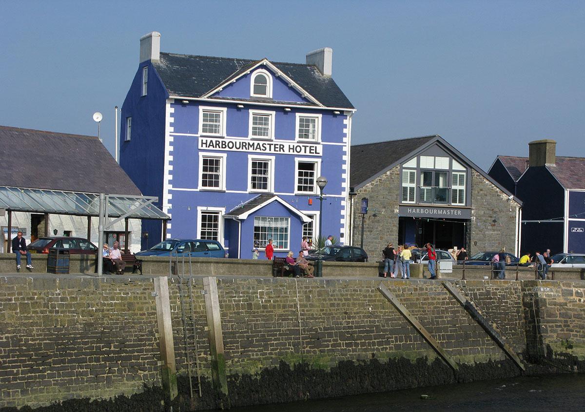 Harbourmaster Hotel Aberaeron - Darganfyddwch archeoleg, hynafiaethau a hanes Ceredigion