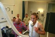 """To av løperne på """"Kung Sture"""" tester kondisen på NextMove kjernefasilitet før St. Olavsloppet. Foto: CERG/Andrea Hegdahl Tiltnes"""