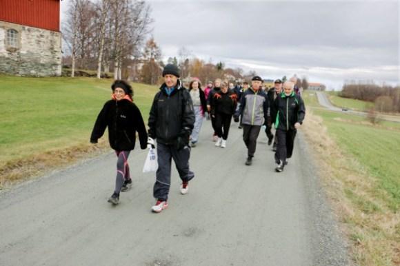Trening med deltakere i forskningsprosjektet Generasjon 100. Foto: Andrea Hegdahl Tiltnes/NTNU