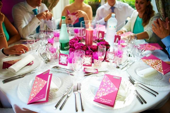 Mariageetdécoration - table fuchsia