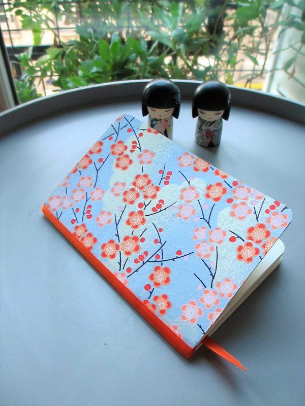 Carnet de notes ou de voyage fleurs sakura