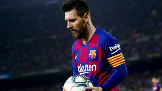 Tendangan Bebas Messi Lebih Menakutkan Daripada Penalti MU